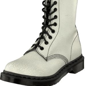 New! Dr. Martens Pascal Crackled White Boots Sz9